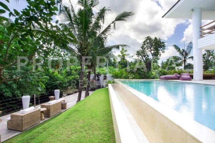 Bali, 6 Bedrooms Bedrooms, ,6 BathroomsBathrooms,Leasehold Villa,For sale villa,1982