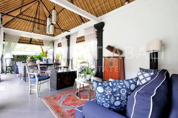 Bali, 3 Bedrooms Bedrooms, ,3 BathroomsBathrooms,Leasehold Villa,For sale villa,1989