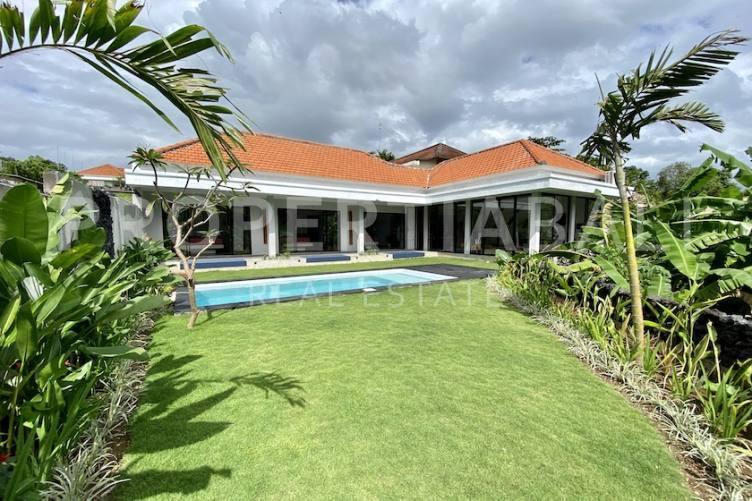 Bali, 3 Bedrooms Bedrooms, ,3 BathroomsBathrooms,Yearly Rental,For rent,2116