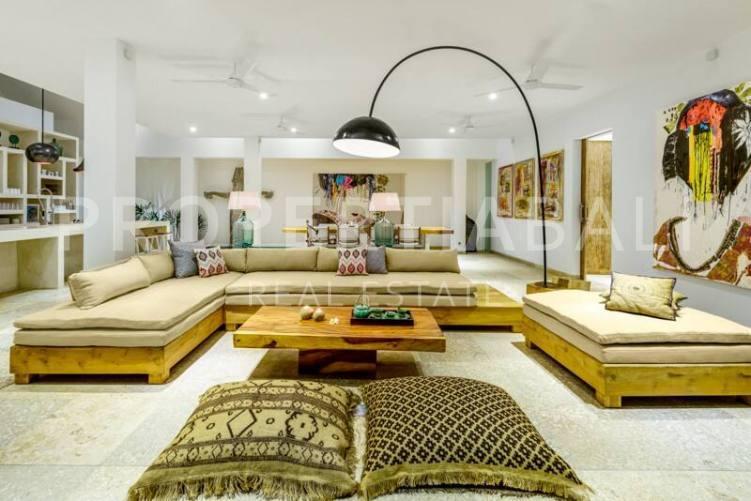 Bali, 4 Bedrooms Bedrooms, ,3.5 BathroomsBathrooms,Yearly Rental,For rent,2155