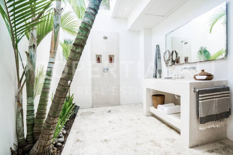 Bali, 5 Bedrooms Bedrooms, ,6 BathroomsBathrooms,Yearly Rental,For rent,2242