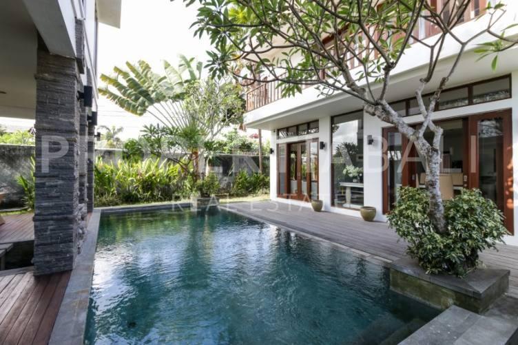 Bali, 3 Bedrooms Bedrooms, ,3 BathroomsBathrooms,Yearly Rental,For rent,2299
