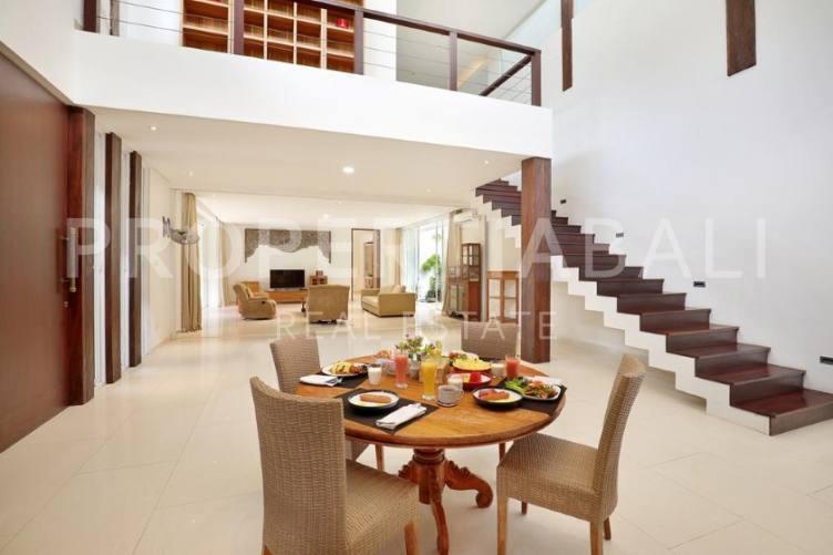 Bali, 3 Bedrooms Bedrooms, ,3 BathroomsBathrooms,Freehold Villa,For sale villa,2324