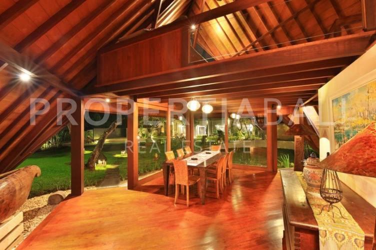 Bali, 4 Bedrooms Bedrooms, ,6 BathroomsBathrooms,Freehold Villa,For sale villa,2367