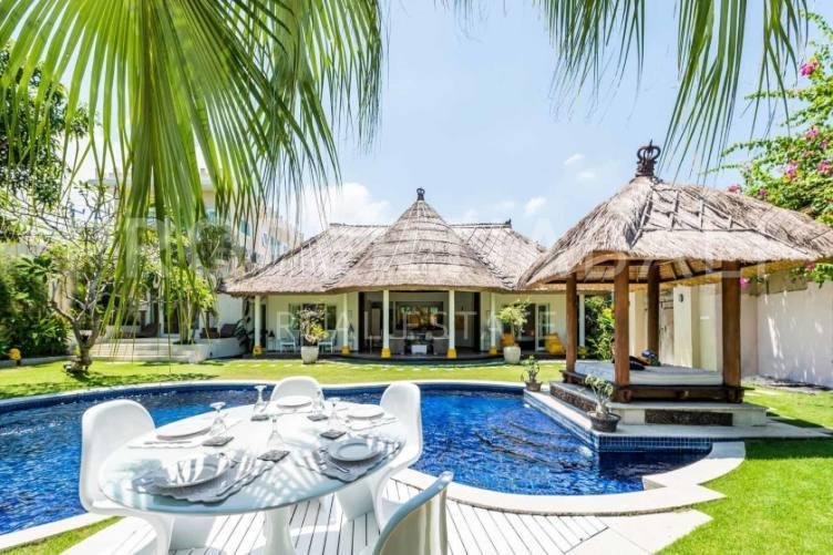 Bali, 5 Bedrooms Bedrooms, ,5 BathroomsBathrooms,Yearly Rental,For rent,2385