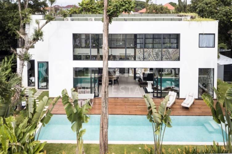 Bali, 3 Bedrooms Bedrooms, ,4 BathroomsBathrooms,Leasehold Villa,For sale villa,2416