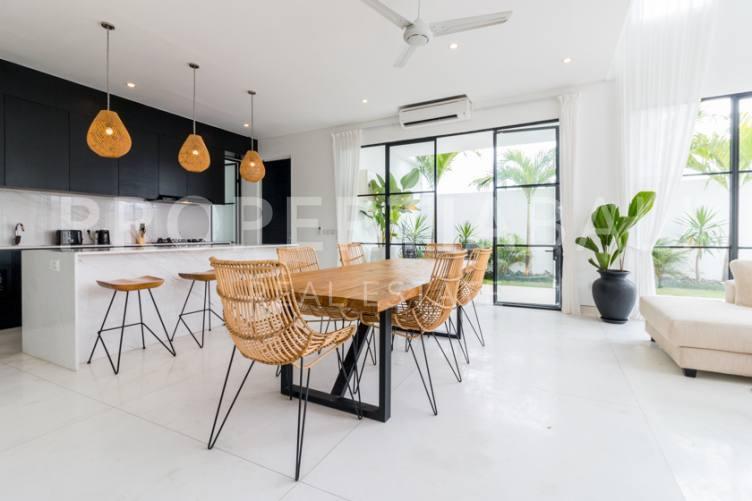 Bali, 4 Bedrooms Bedrooms, ,4 BathroomsBathrooms,Leasehold Villa,For sale villa,2490