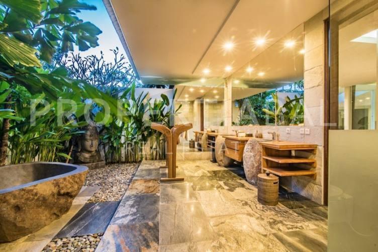 Bali, 5 Bedrooms Bedrooms, ,7 BathroomsBathrooms,Yearly Rental,For rent,2506