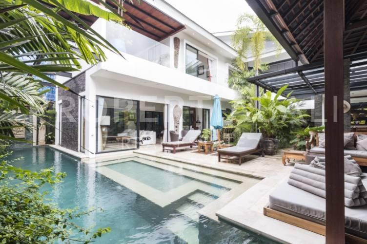 Bali, 4 Bedrooms Bedrooms, ,6 BathroomsBathrooms,Yearly Rental,For rent,2532