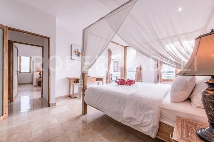 Bali, 3 Bedrooms Bedrooms, ,3 BathroomsBathrooms,Yearly Rental,For rent,2542