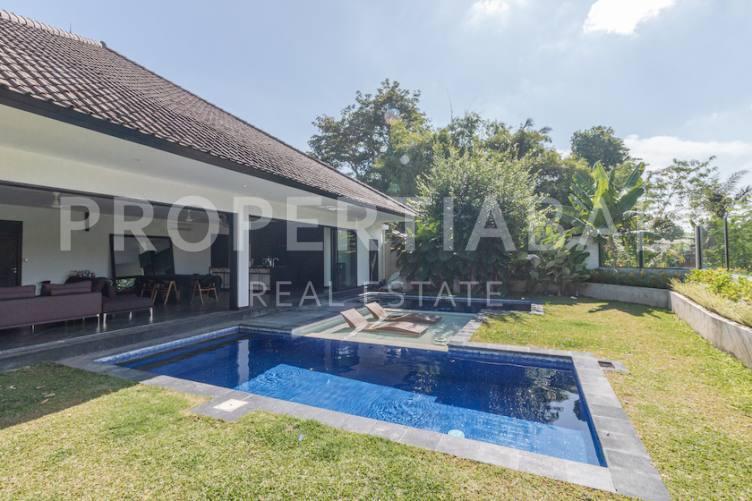 Bali, 3 Bedrooms Bedrooms, ,3 BathroomsBathrooms,Yearly Rental,For rent,2576