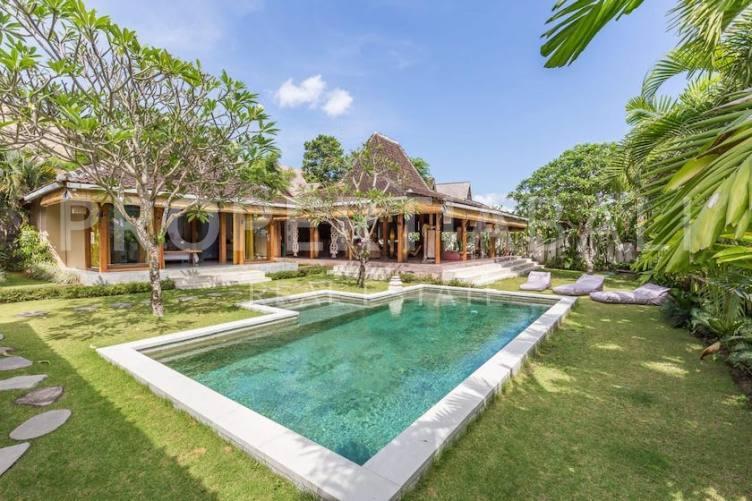 Bali, 3 Bedrooms Bedrooms, ,3 BathroomsBathrooms,Leasehold Villa,For sale villa,2580