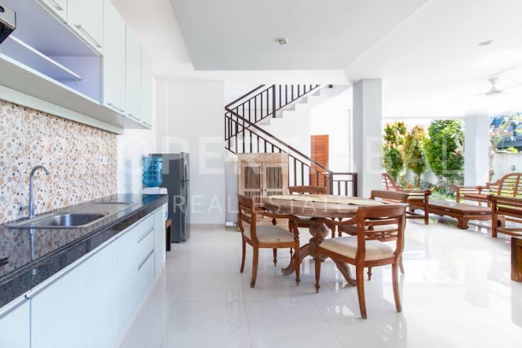 Bali, 4 Bedrooms Bedrooms, ,4 BathroomsBathrooms,Yearly Rental,For rent,2611