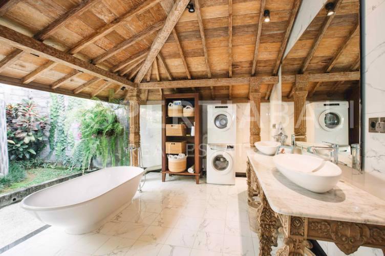 Bali, 3 Bedrooms Bedrooms, ,3 BathroomsBathrooms,Leasehold Villa,For sale villa,2615