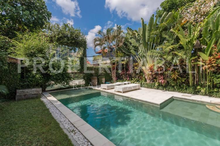 Bali, 3 Bedrooms Bedrooms, ,4 BathroomsBathrooms,Yearly Rental,For rent,2649