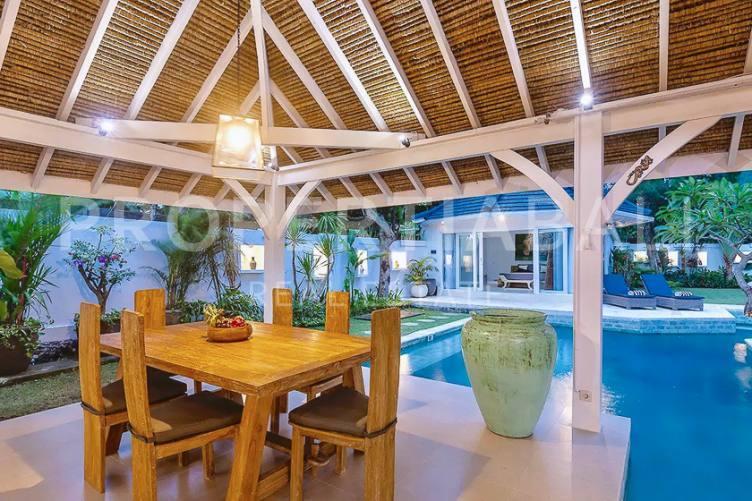 Bali, 3 Bedrooms Bedrooms, ,3 BathroomsBathrooms,Leasehold Villa,For sale villa,2651