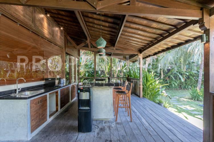 Bali, 4 Bedrooms Bedrooms, ,2 BathroomsBathrooms,Yearly Rental,For rent,2660