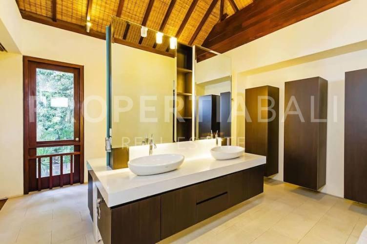 Bali, 4 Bedrooms Bedrooms, ,4 BathroomsBathrooms,Freehold Villa,For sale villa,2668