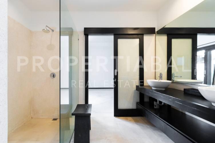 Bali, 2 Bedrooms Bedrooms, ,2 BathroomsBathrooms,Yearly Rental,For rent,2692