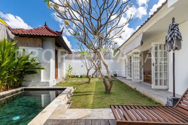 Bali, 4 Bedrooms Bedrooms, ,3 BathroomsBathrooms,Yearly Rental,For rent,2717