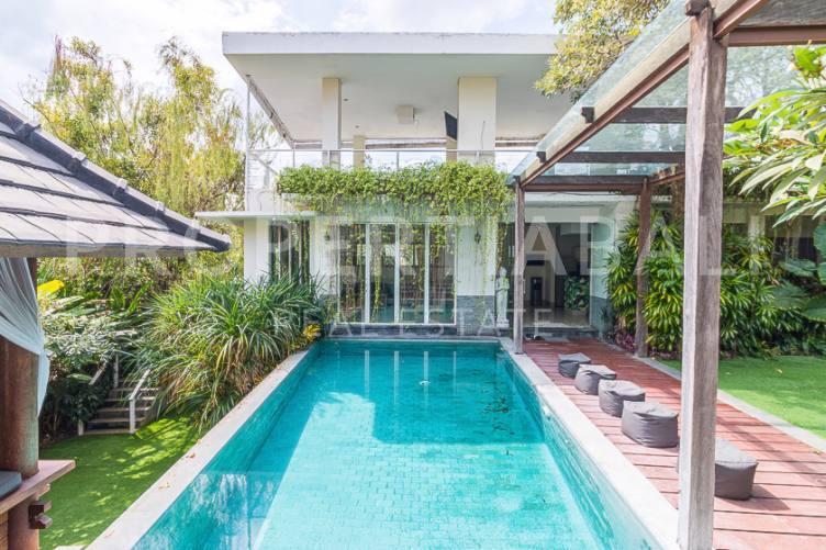 Bali, 4 Bedrooms Bedrooms, ,4 BathroomsBathrooms,Yearly Rental,For rent,2727