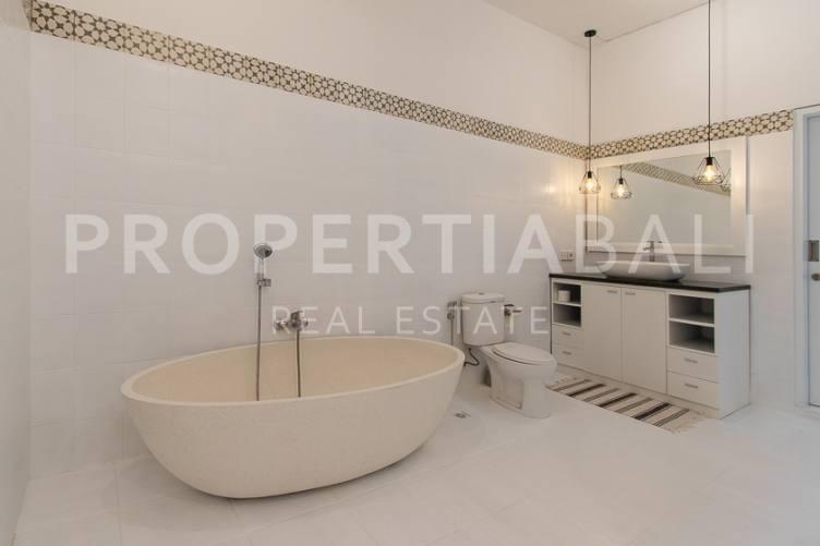 Bali, 3 Bedrooms Bedrooms, ,4 BathroomsBathrooms,Yearly Rental,For rent,2738