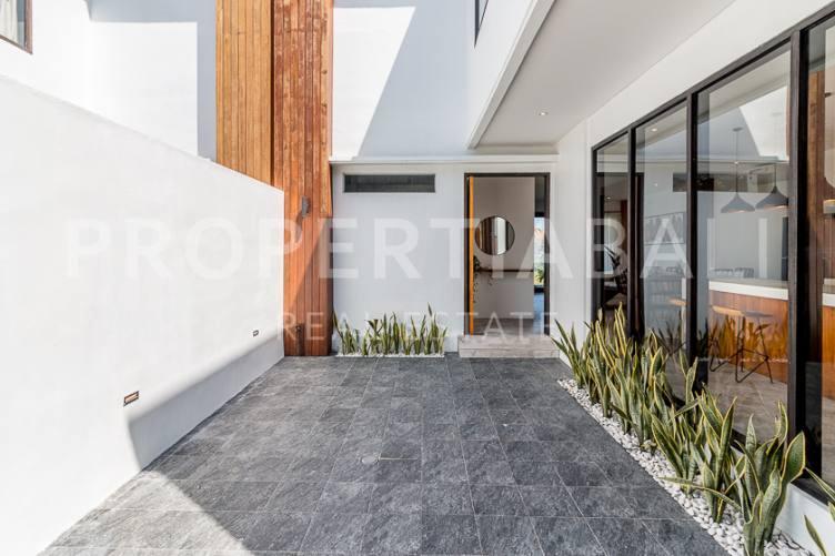 Bali, 3 Bedrooms Bedrooms, ,3 BathroomsBathrooms,Freehold Villa,For sale villa,2803