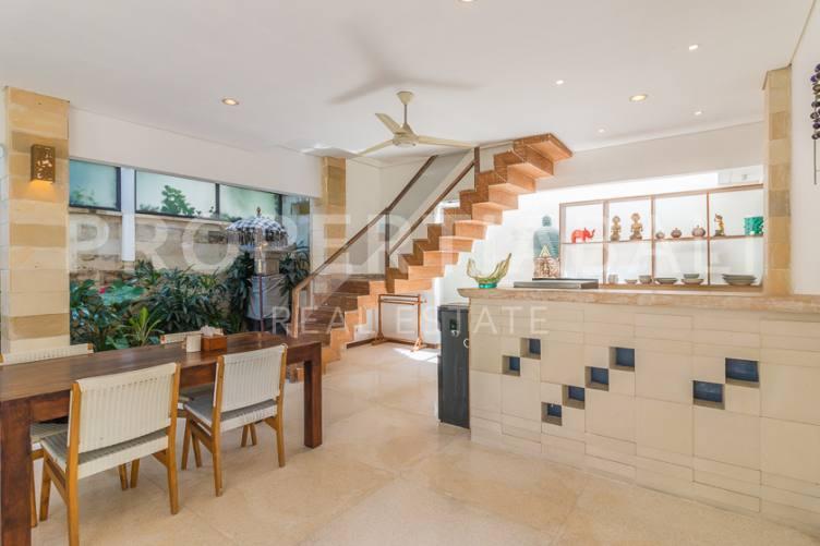Bali, 2 Bedrooms Bedrooms, ,2 BathroomsBathrooms,Yearly Rental,For rent,2818