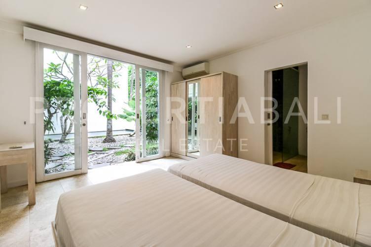 Bali, 3 Bedrooms Bedrooms, ,3 BathroomsBathrooms,Yearly Rental,For rent,2886