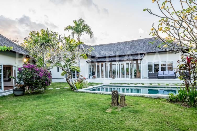 Bali, 5 Bedrooms Bedrooms, ,5.5 BathroomsBathrooms,Yearly Rental,For rent,2889